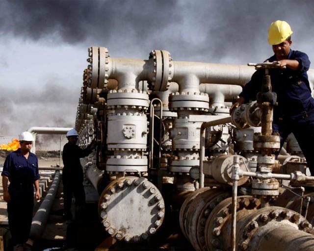Цены на нефть опустились до $44, на медь - до минимума с 2009 года
