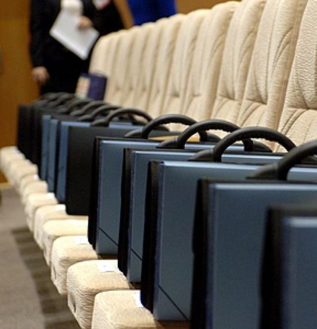 По всей старости закона. Госдума одобрила повышение пенсионного возраста для чиновников