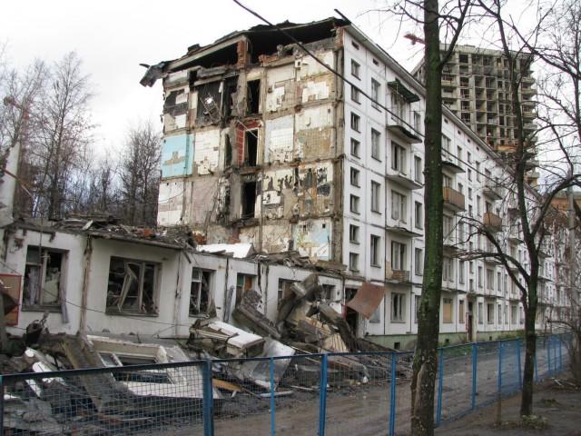 Аварийное жилье сделают постоянным. Правительство разработает систему его расселения и после 2017 года