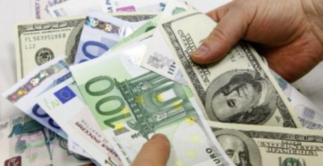 ЦБ подыграл экспортерам. Им вернут валютные кредиты