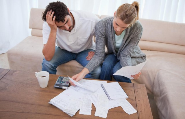 Ипотека стала быстро портиться. Заемщики не справляются с обслуживанием долгов