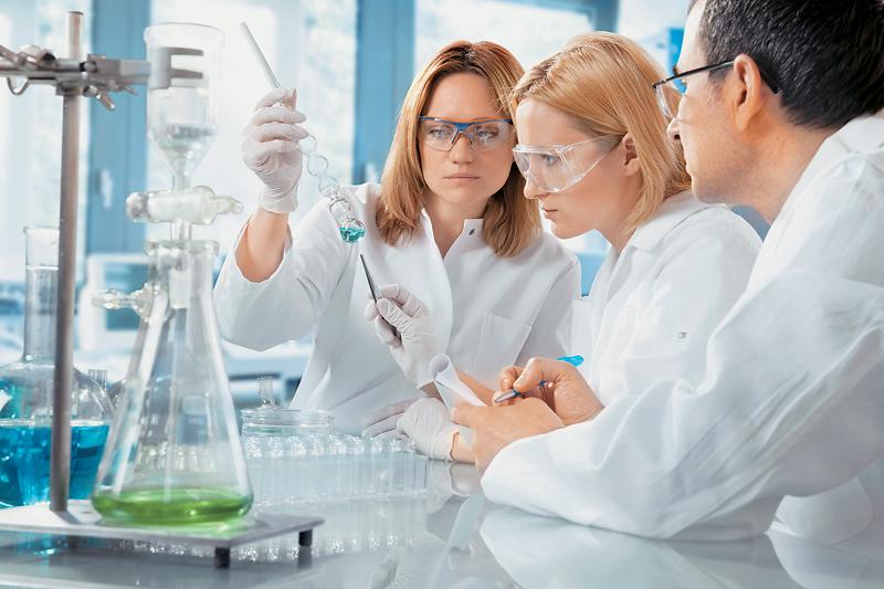 Повышение (индексация) зарплаты научным сотрудникам