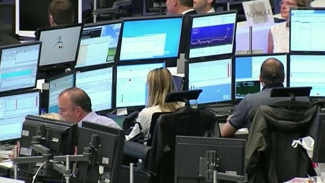 Банки оказались покупателями 55% выпуска российских евробондов