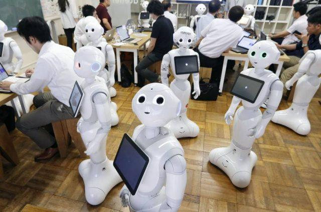 Роботы-консультанты добрались до России