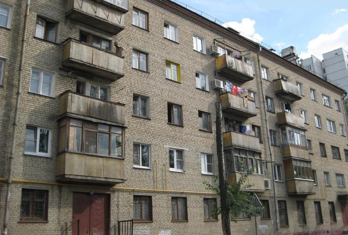 Можно ли приватизировать квартиру с долгами?
