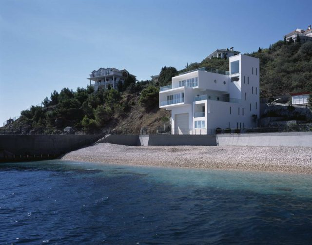 Курортная инвестиция: за сколько лет окупится квартира на Черном море