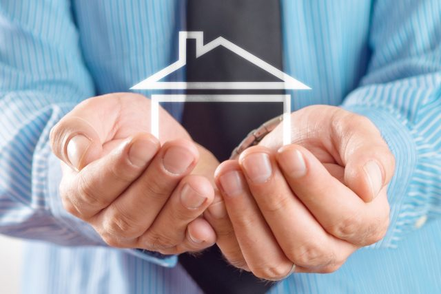О жилье поговорили на высшем уровне. Президент РФ и глава Сбербанка считают, что пора брать ипотеку