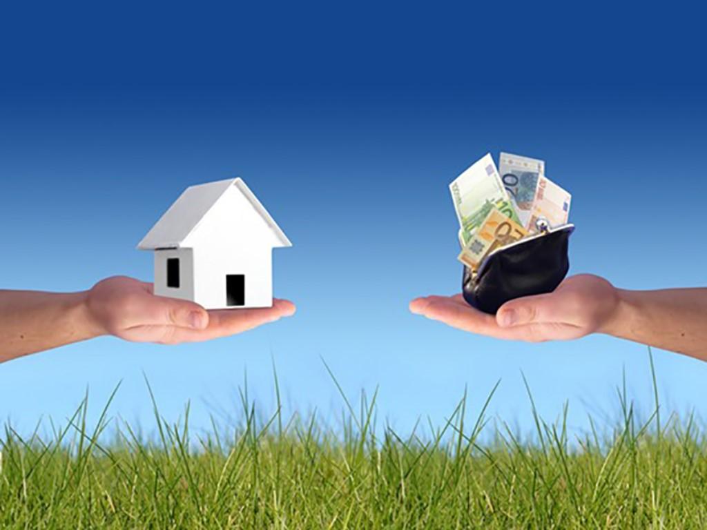 Можно ли продать дом, если там прописан несовершеннолетний ребенок?