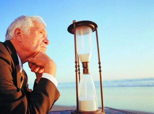 Глава Росстата заявил о неизбежности повышения пенсионного возраста