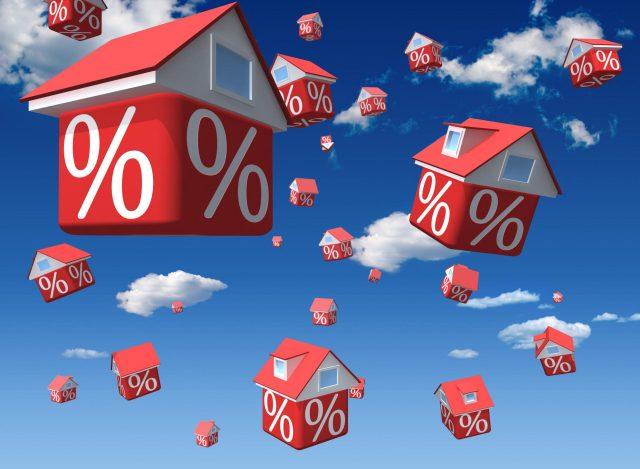 Шувалов: на фоне снижения ставки в 2017 г. ожидается рекордное число ипотечных заемщиков