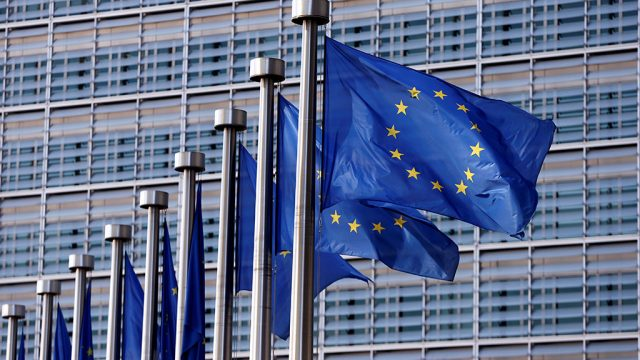 Дружеская война на поражение. Зачем Евросоюз предъявляет претензии американским корпорациям