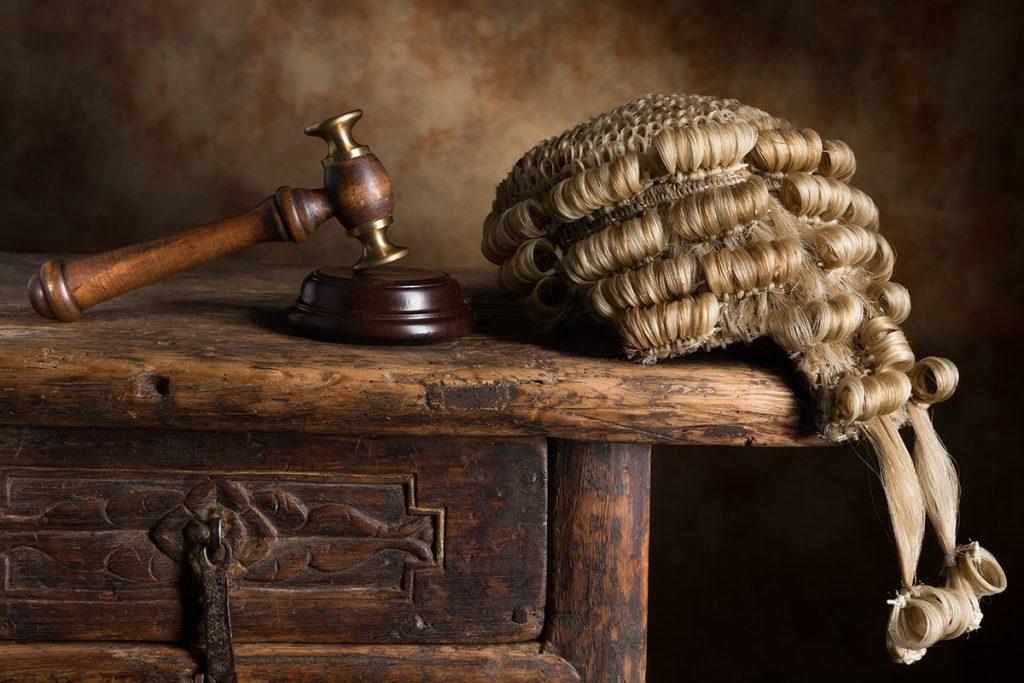 Повышение (индексация) зарплаты судьям, помощникам судей в 2017 году последние новости