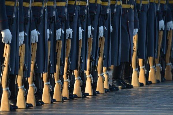 Военные пенсии 2016 - изменения, последние новости