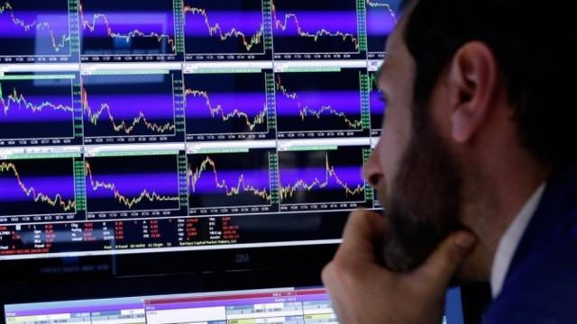 Китай удвоит время ежедневных торгов юанем в Шанхае к концу ноября