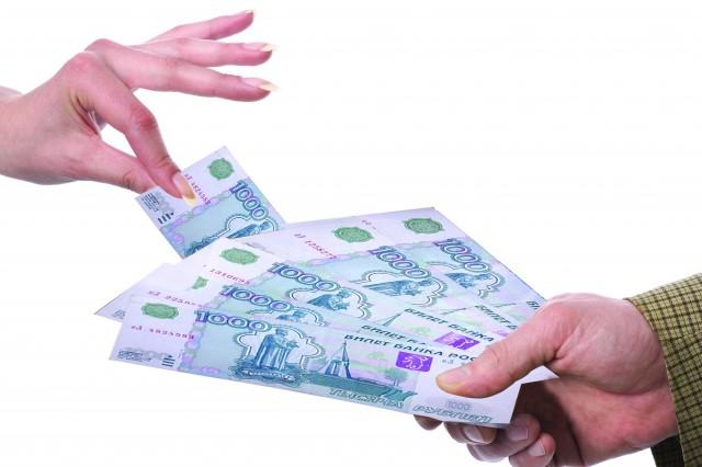 Кредиты вместо займов. Население предпочитает банки МФО