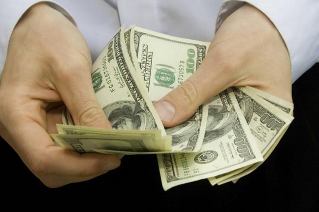 Региональные банки могут потеснить федеральные в кредитовании физлиц