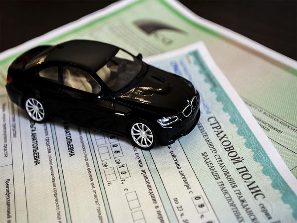 Российских страховщиков будут штрафовать за отказ продать полис ОСАГО либо навязывание услуг