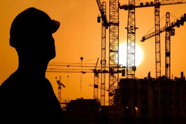 Эксперт: пик кризиса в строительстве не пройден