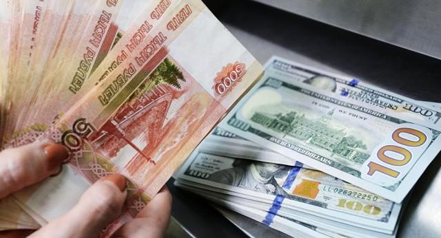 Спасти и сохранить. Почему россияне перестали паниковать из-за девальвации