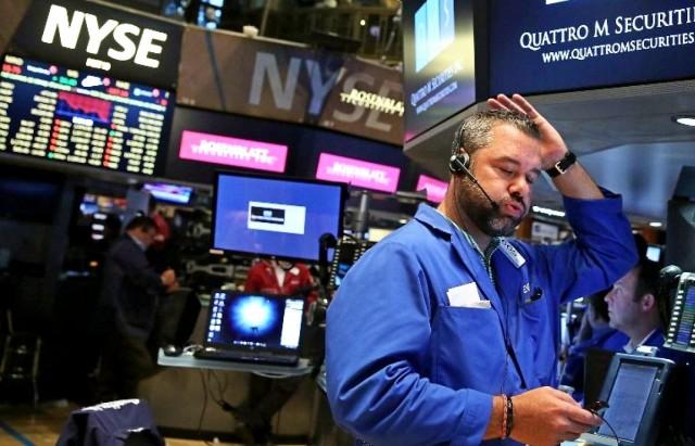 Бегство инвесторов может обвалить рынок сырья - Barclays
