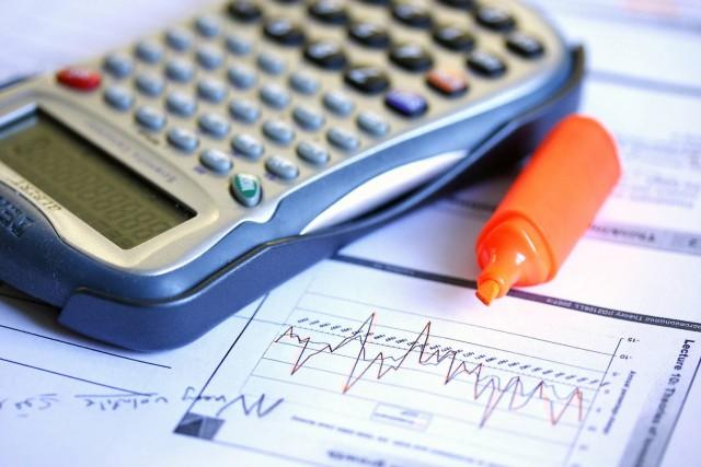 Ставки по валютным депозитам стремятся к нулю