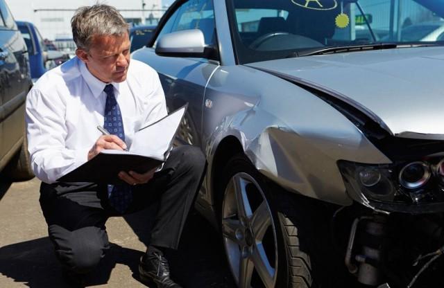Путин поручил ЦБ проработать замену выплат по ОСАГО ремонтом авто