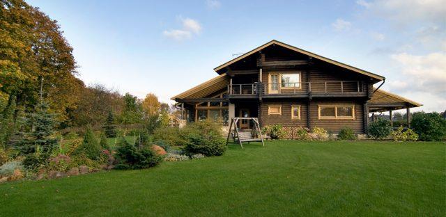 Высокие налоги могут вынудить владельцев избавляться от загородной недвижимости - эксперты