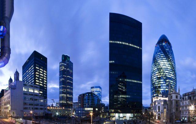 Deutsche Bank: Финансовый центр Лондона ослабнет из-за Brexit, но не умрет