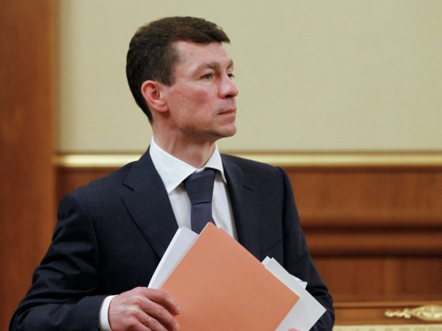 Топилин провозгласил окончание зарплатного кризиса в России