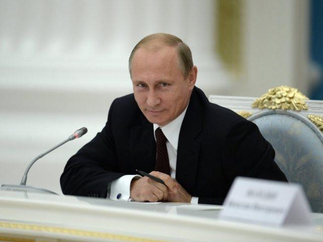 Президент РФ поручил разработать альтернативу программе Кудрина