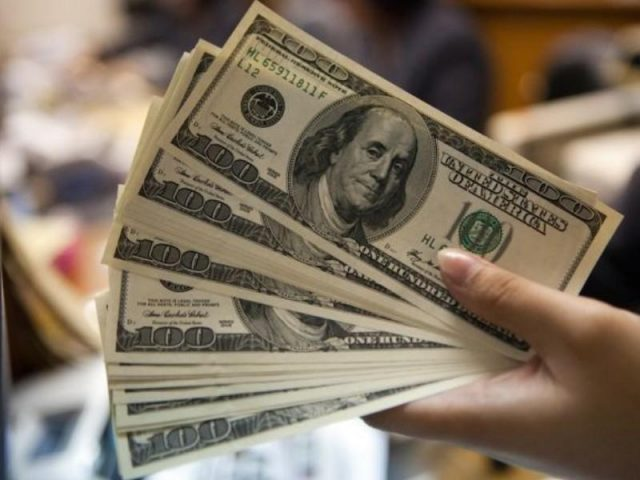 «Я что, один все это заработал?» В России снова задумали повысить налоги для богатых