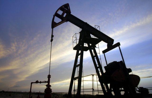 Цена нефти Brent перешагнула $50 за баррель