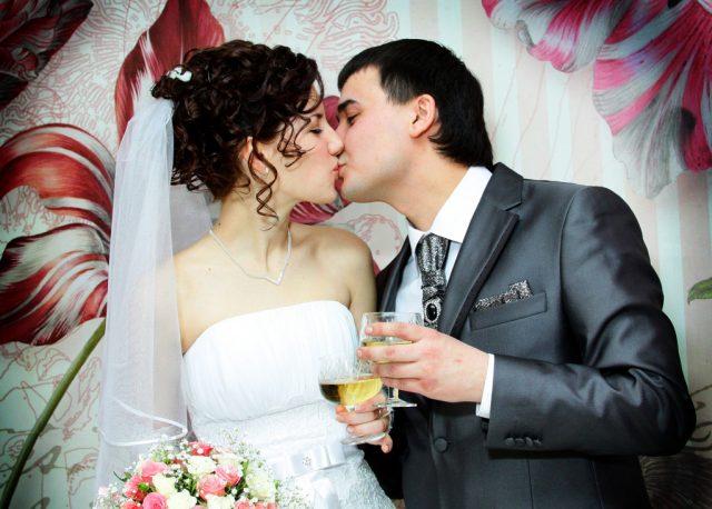 Нужен ли штамп о браке в паспорте?
