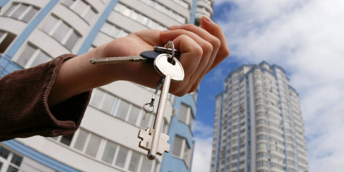 Можно ли приватизировать квартиру без согласия одного из прописанных?
