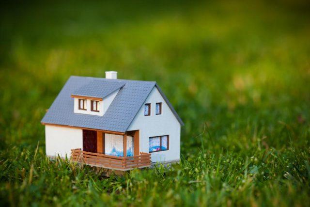 Загородная недвижимость: количество проектов обновило семилетний минимум