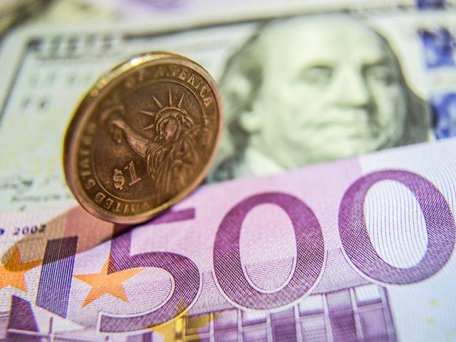 Евро стал слишком мягким. Политика ЕЦБ оказала поддержку рублю