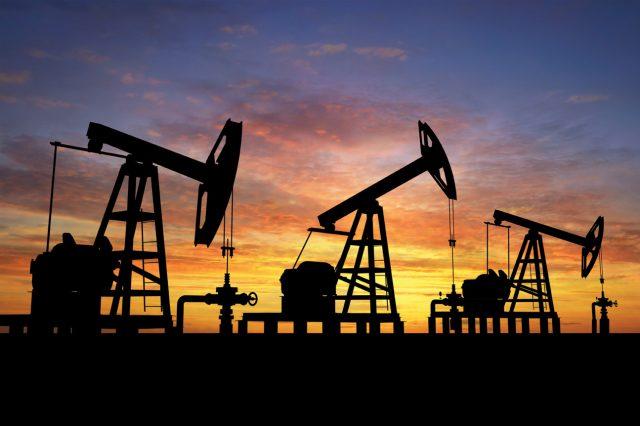 Улюкаев: Москва готова поддержать заморозку добычи нефти