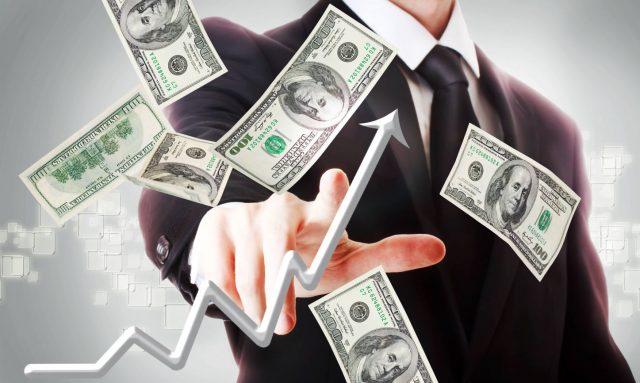 Укрепление доллара назвали самым большим экономическим риском 2017 года