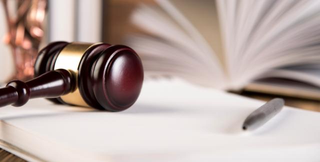 Наследство с сюрпризом. Почему в судах застревают дела по искам кредиторов умерших граждан