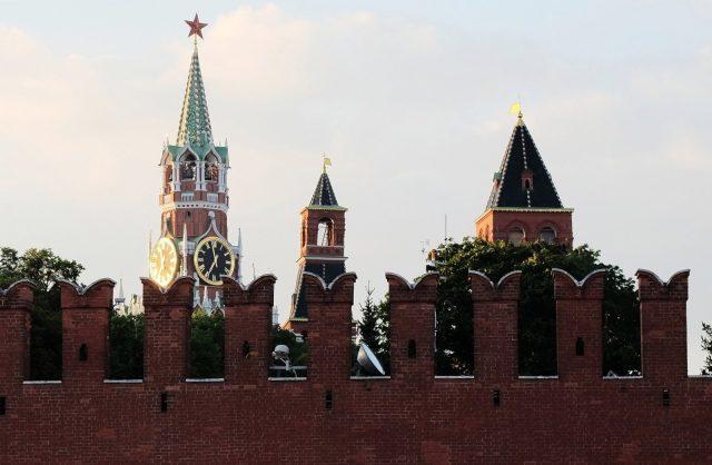 Деды задолжали. Почему Россия до сих пор выплачивает долги СССР