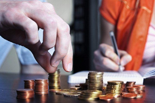 Кабмин РФ готовит предложения по будущему налоговой системы страны