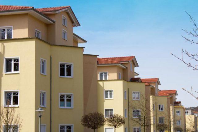Покупатели не спешат вкладываться в малоэтажное жилье