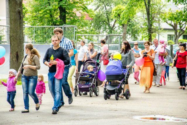 СМИ: россияне поверили в скорую стабилизацию экономики