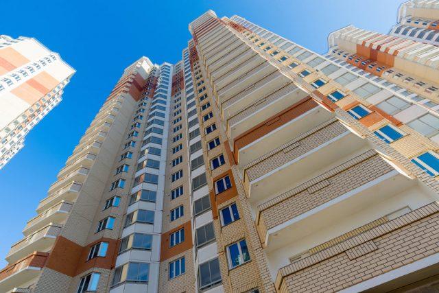 Цены взяли в квадрат. Минстрой обновил среднюю рыночную стоимость жилья для соцпрограмм