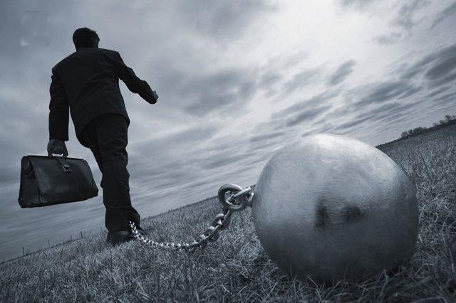 Зомби из долговой ямы. Россияне все чаще вынуждены объявлять частный дефолт