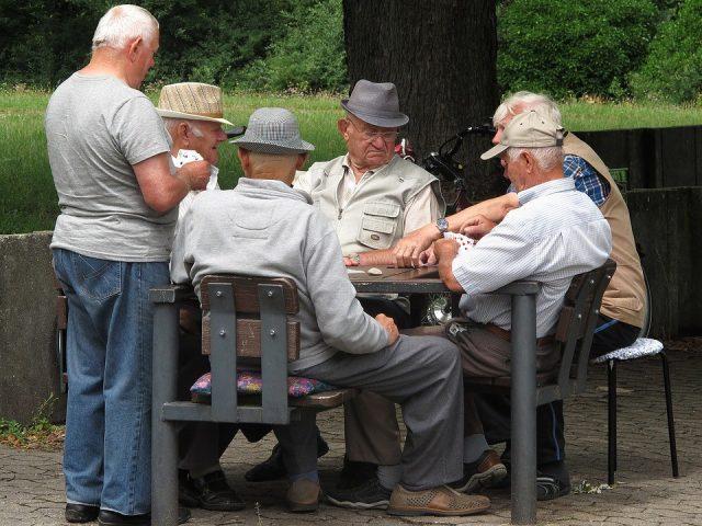 Россия вошла в топ-5 худших стран для пенсионеров