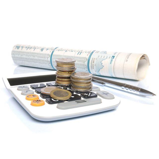Платежи по кредитам более трех месяцев просрочили 7,2 млн россиян