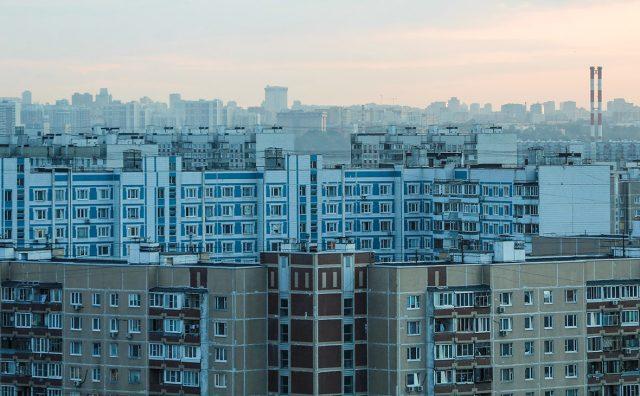 Квартирный ответ: стоит ли сейчас покупать вторичное жилье в Москве