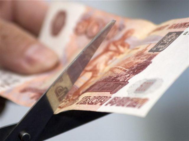 Объявит ли рубль в августе дефолт
