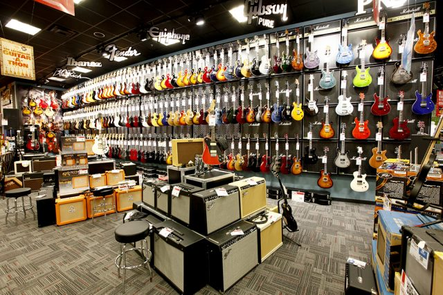 Обзор кредитных программ ведущих музыкальных магазинов России